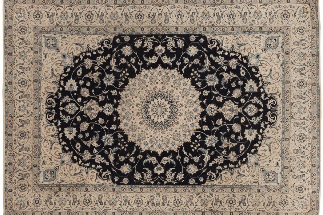Nain Persian rug