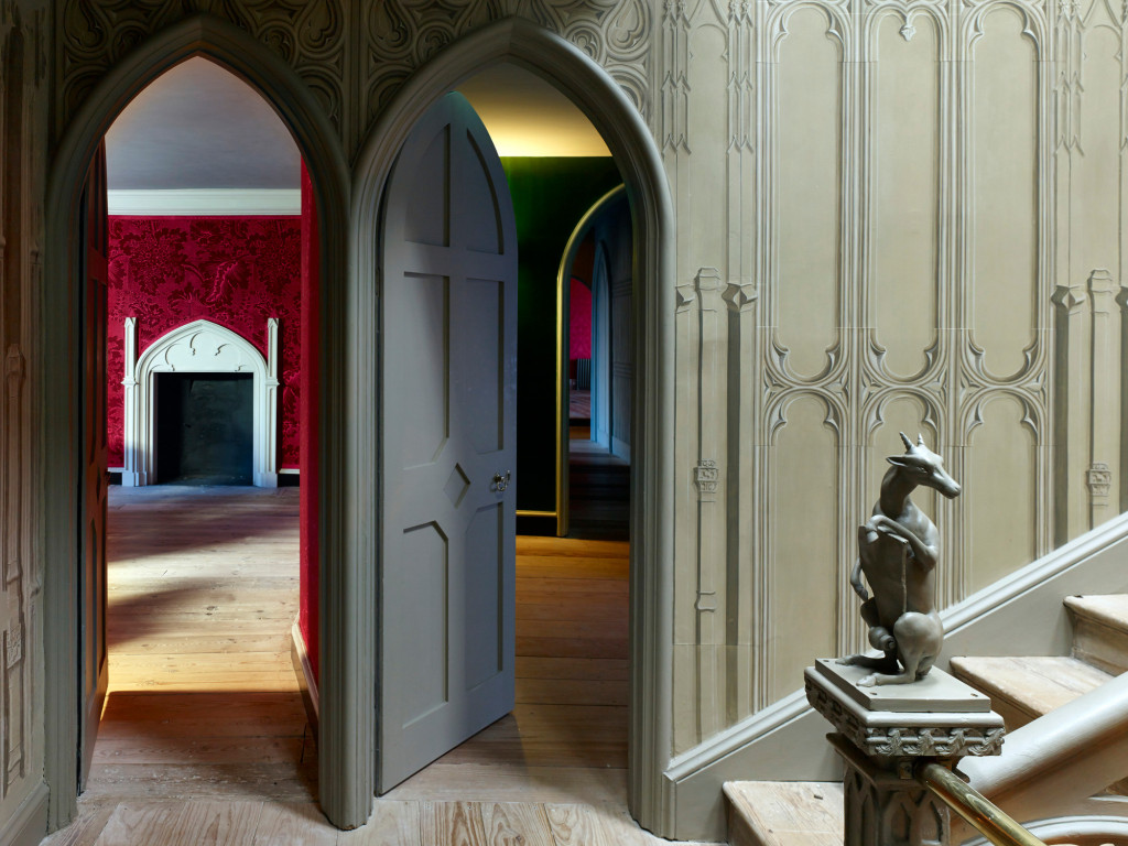 View into Red Bedchamber, photographer Kilian O'Sullivan