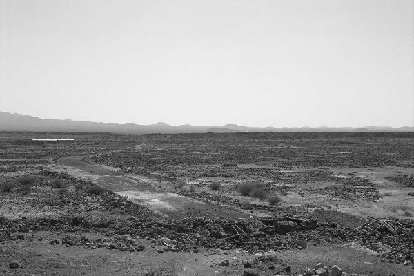 6-Anne-Marie Filaire_Zone de securite¦ü temporaire_desert du Danakil_Erythree_novembre 2001